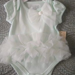 Bundle of three different items 0-3 months